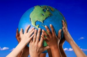 Hands_Holding_Earth